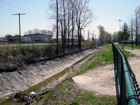 Toledo, Ohio - Ditch Stabilization - BEFORE